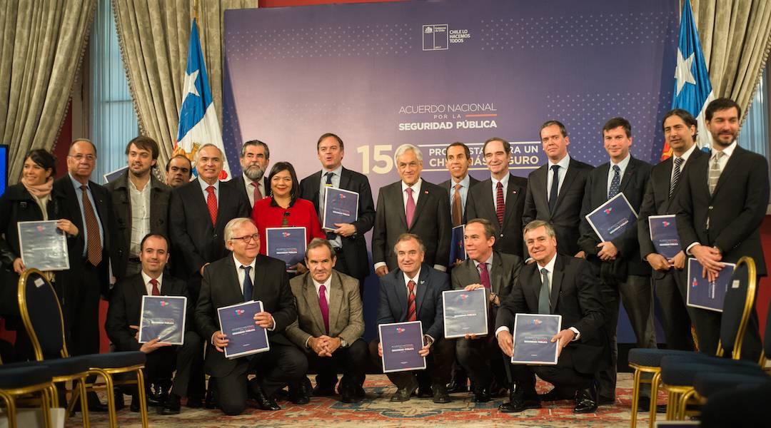 Presidente Piñera recibió las propuestas del Acuerdo Nacional por la Seguridad Pública