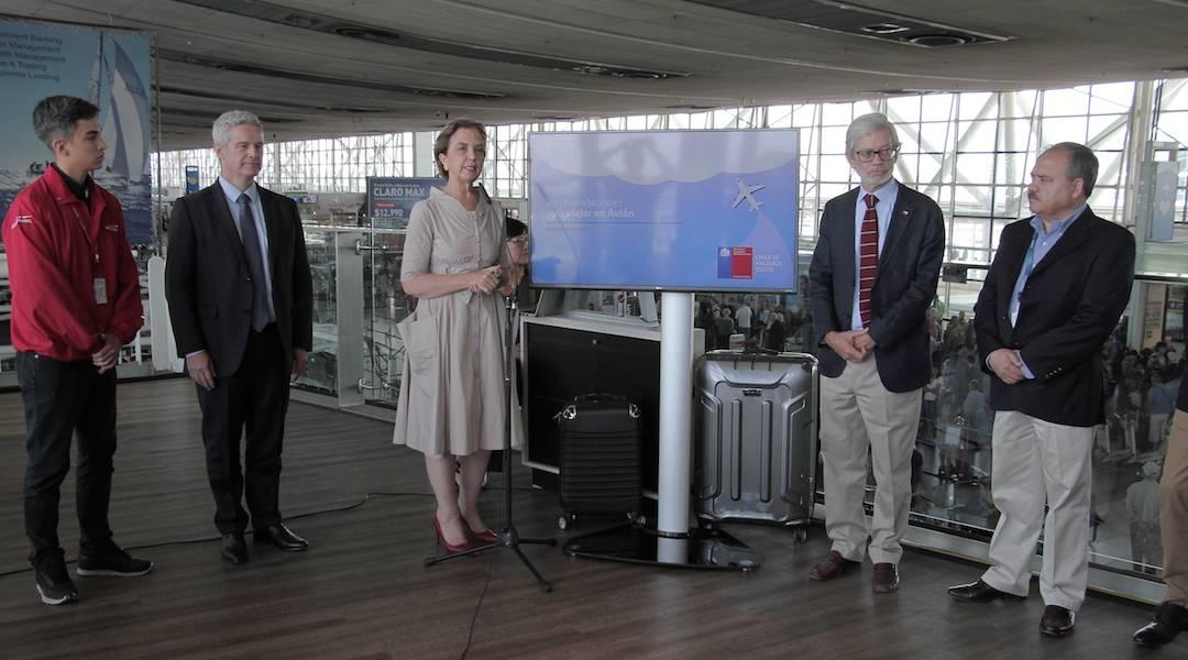 Presentan comparador online de pasajes aéreos y entregan recomendaciones para viajeros