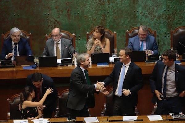 """Congreso despacha Ley Antibarricadas y Antisaqueos: """"Esta ley va a contribuir en avanzar en la paz social y el orden público"""""""