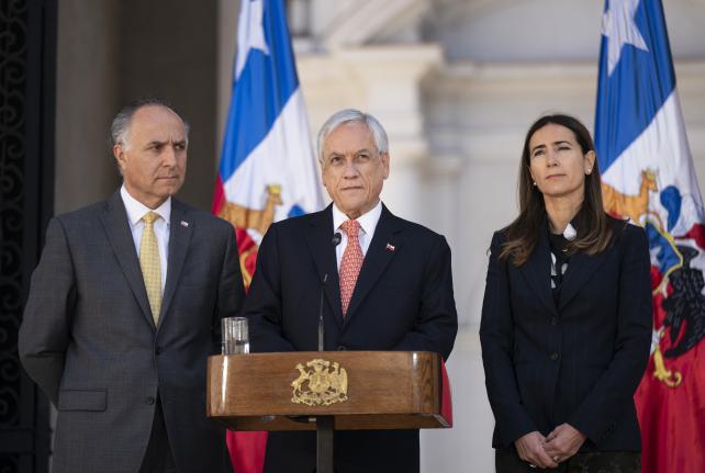 Presidente Piñera prioriza foco en agenda social para bienestar de los chilenos y decide suspender cumbres APEC y COP 25