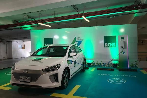 Ministro (s) de Energía da el vamos a flota corporativa de autos eléctricos de la ACHS