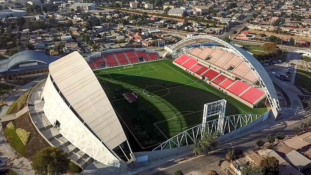 """Ministerios del Deporte y de Obras Públicas inauguraron el nuevo estadio """"Nicolás Chahuán"""" de La Calera"""