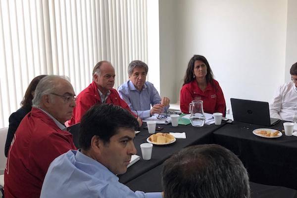 Ministro Walker declaró emergencia agrícola en nuevas comunas del Maule