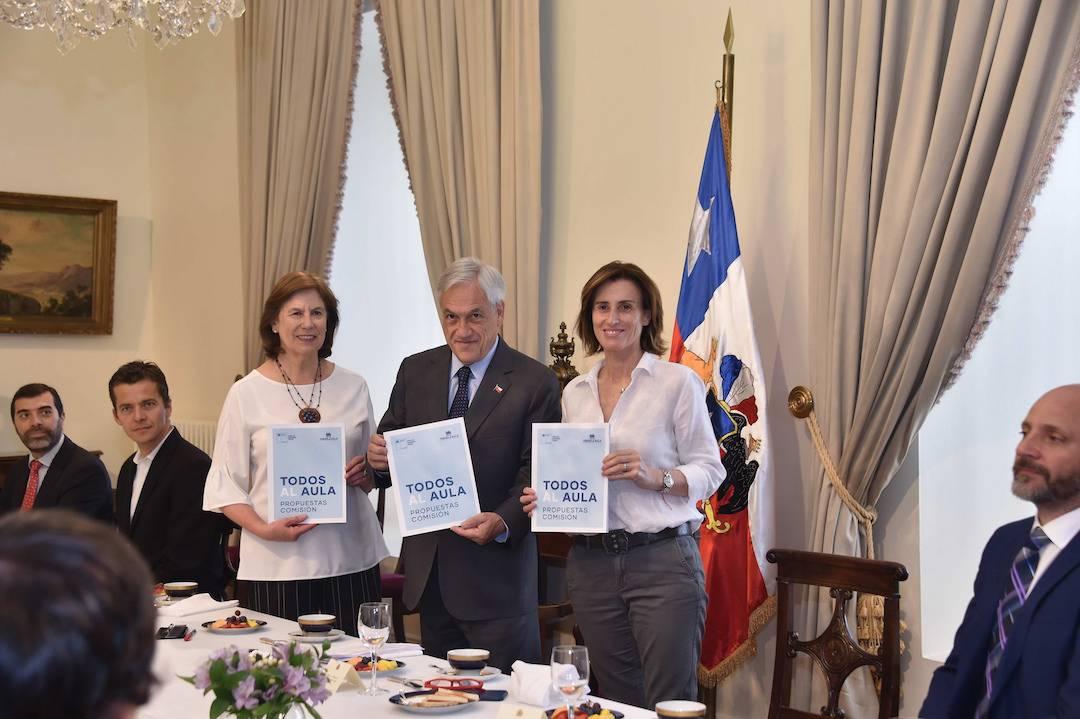 """Plan """"Todos al Aula"""": Presidente Sebastián Piñera recibió propuestas para reducir la burocracia en las escuelas"""