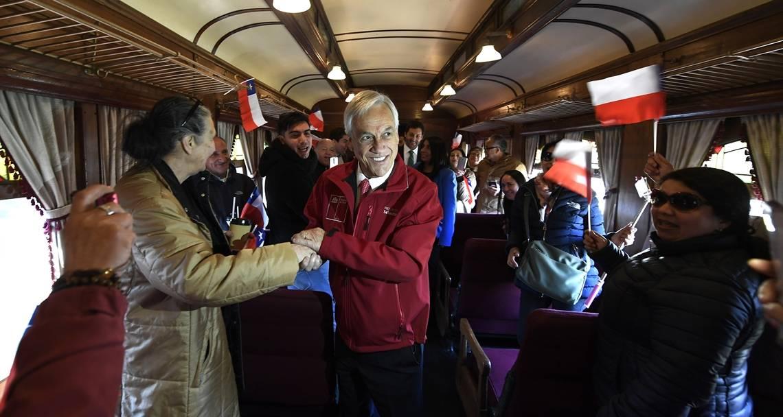 """Presidente Piñera presenta plan de inversiones por más de US$ 5.000 millones para expandir red ferroviaria y """"mejorar la calidad de vida y el desarrollo del país"""""""