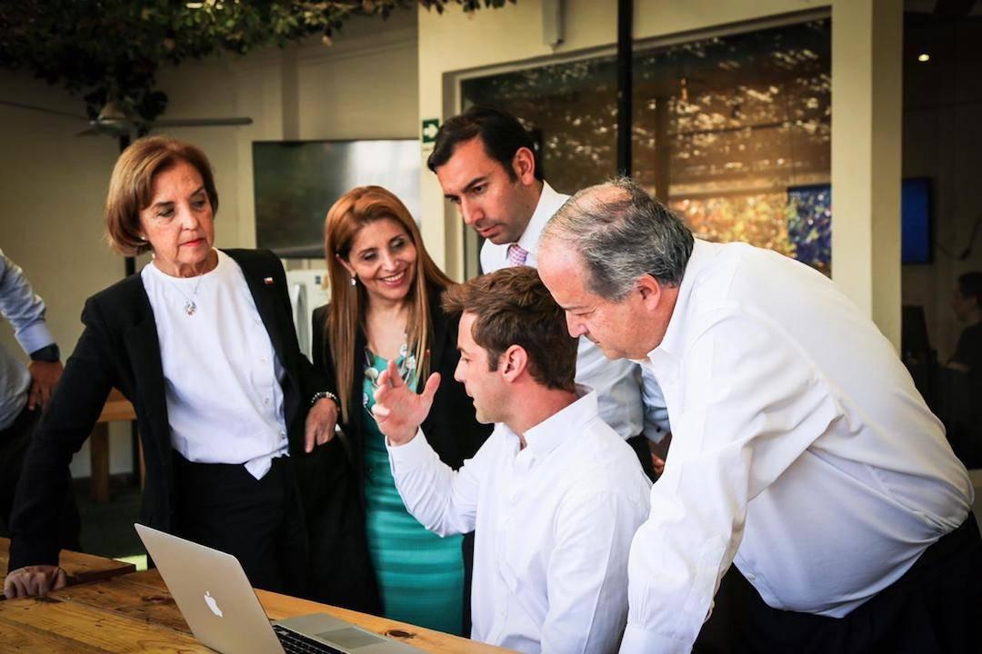 """Ministerios de Trabajo y Transportes anuncian la creación del """"Día de Teletrabajo"""""""