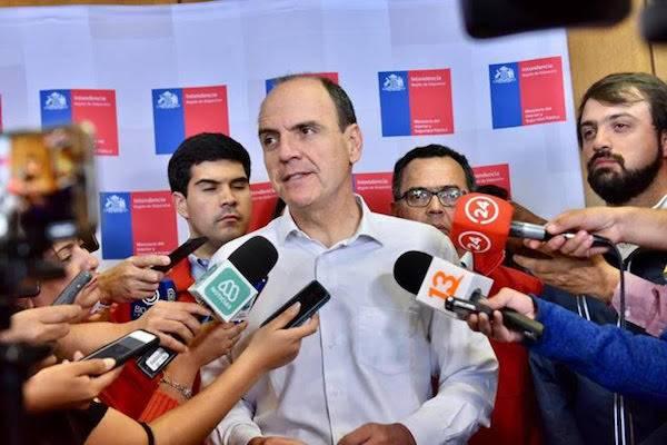 Ministro Monckeberg afirma que catastro de viviendas afectadas en Valparaíso estará concluido hoy sábado
