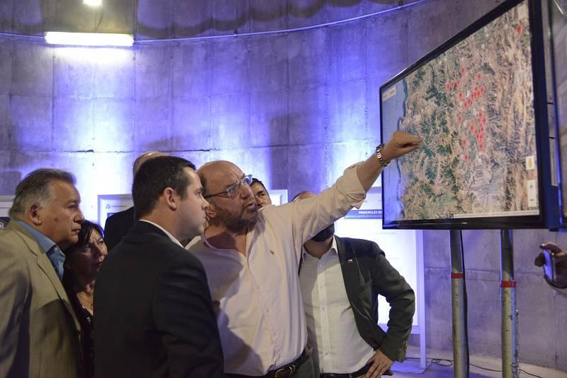 Ministros de Obras Públicas y de Minería dan a conocer nueva tecnología para optimizar la gestión del agua potable en zonas rurales
