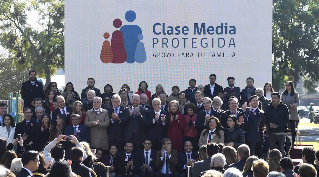 """Presidente Piñera lanzó """"Clase Media Protegida"""" que asegura beneficios y servicios en salud, educación, trabajo, vivienda, seguridad y adultos mayores"""