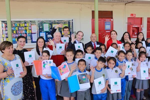 Lenguas indígenas: Decálogo de Buen Trato para niños y niñas con discapacidad se repartirá en 15 mil establecimientos educacionales