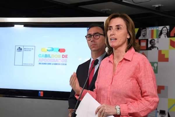 """Mineduc da a conocer resultados del sistema de admisión escolar y anuncia proceso de """"Cabildos de Apoderados"""" en todo Chile"""